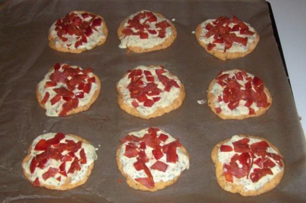 Vorspeise/Snack: Kleine Zwiebelfladen mit Paprika und Chorizo - Rezept - Bild Nr. 11