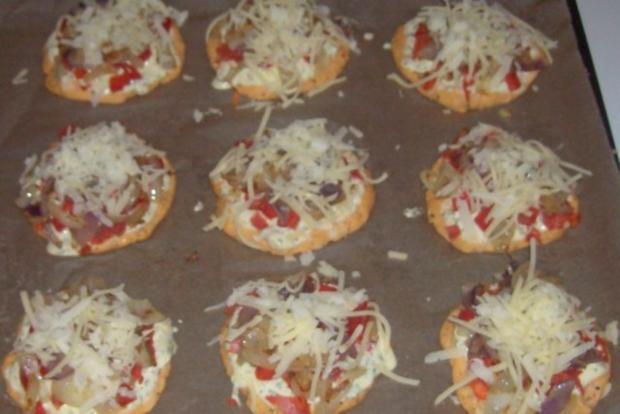 Vorspeise/Snack: Kleine Zwiebelfladen mit Paprika und Chorizo - Rezept - Bild Nr. 13