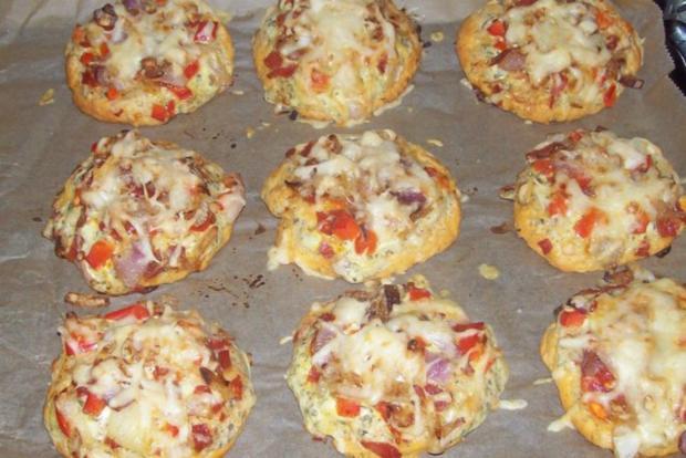 Vorspeise/Snack: Kleine Zwiebelfladen mit Paprika und Chorizo - Rezept - Bild Nr. 14