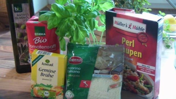 Tomatensuppe mit Graupen und Basilikum Pesto - Rezept - Bild Nr. 2