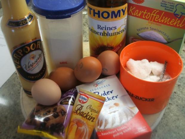 Backen: Eierlikörkuchen mit Schokoladenstückchen - Rezept - Bild Nr. 2