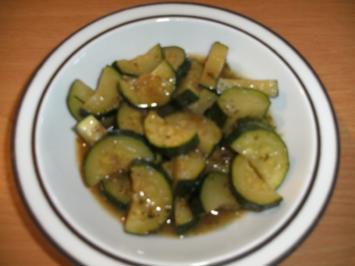 Rezept: Beilage: Zucchini-Gemüse mit Entenschmalz