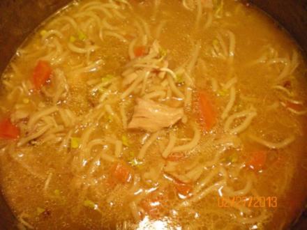 Suppe: Hühnersuppe mit Kokosmilch - Rezept