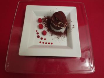 Schokoladentörtchen mit Himbeercrème - Rezept