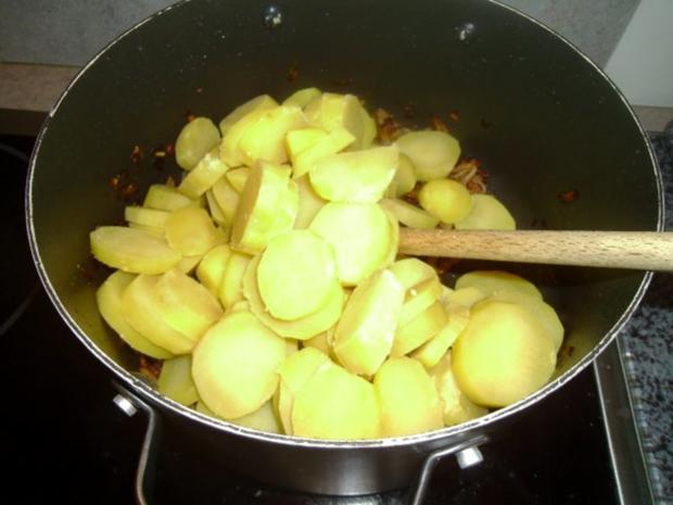 Gekochtes Rindfleisch mit Röstkartoffeln und Semmelkren - Rezept - Bild Nr. 9