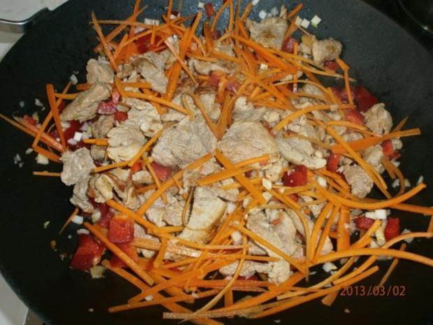 Gebratenes Schweinefilet mit viel frischem Gemüse - Rezept - Bild Nr. 5