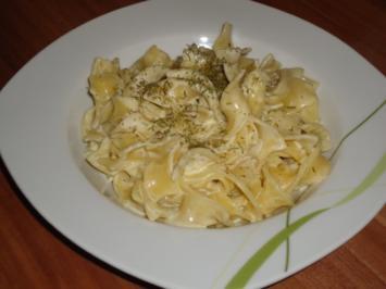 Pasta in Gorgonzola-Rahm - Rezept