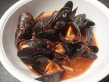 Muscheln in pikanter Tomatensoße - Rezept