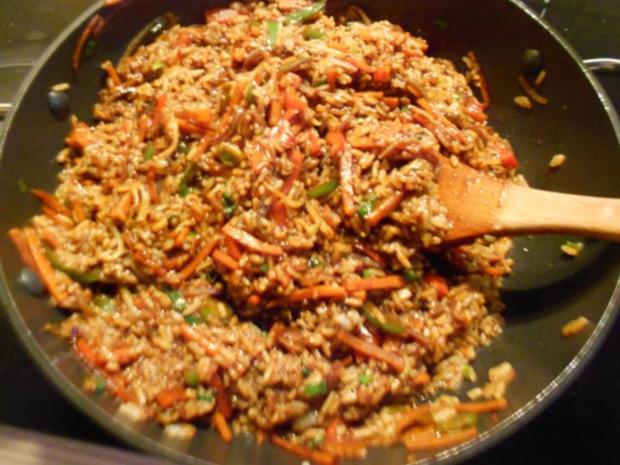 Resteverwertung: Reis-Gemüse-Pfanne asiatisch - Rezept - Bild Nr. 2