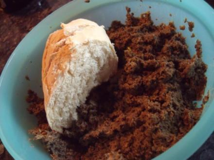 Schwarze Oliven-Tapenade - Rezept