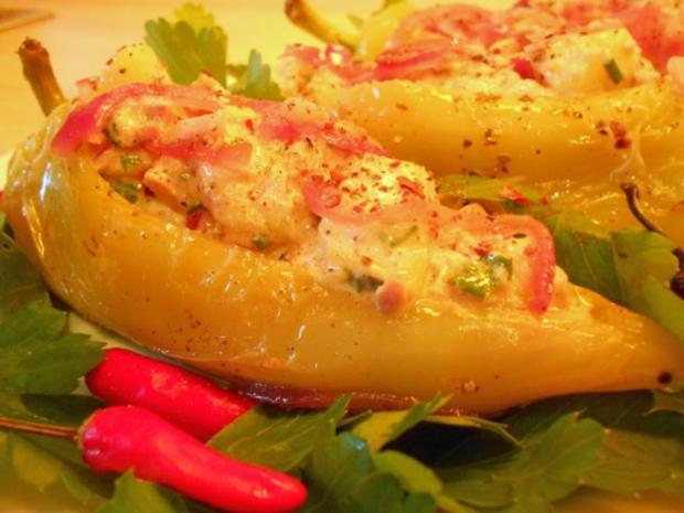 Paprika mit Kartoffel-Thunfisch-Füllung - Rezept