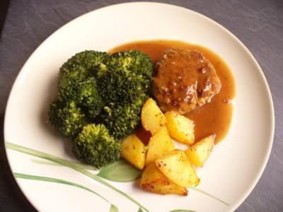 Bratklopps mit Brokkoli - Rezept
