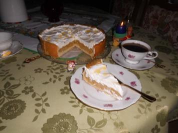 Wein-Apfel-Torte>> - Rezept