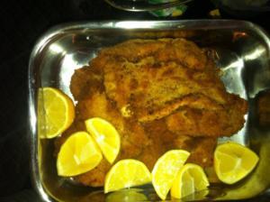 panierte Putenschnitzel mit Kartoffelsalat 2erlei Art - Rezept