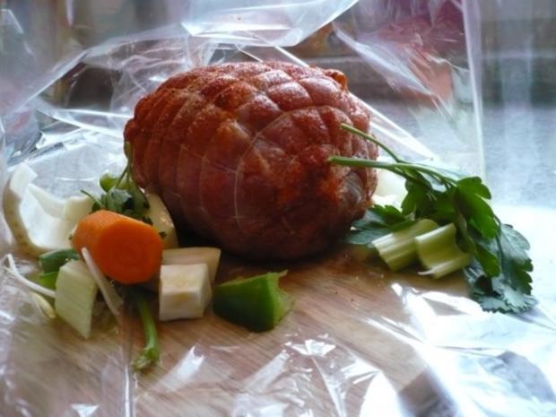 Tacchina arrosto mit Rosmarinkartoffeln und Zucchinispalten - Rezept - Bild Nr. 3
