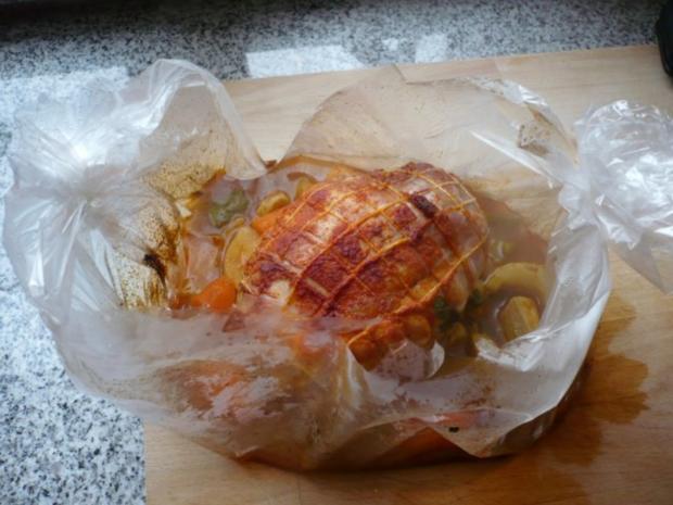 Tacchina arrosto mit Rosmarinkartoffeln und Zucchinispalten - Rezept - Bild Nr. 7