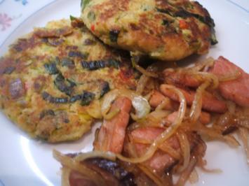 "Kartoffeln: Kartoffel-Gemüse-Bratlinge ""Razzia"" mit Zwiebelschinken - Rezept"
