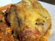 Hähnchenbrust unter Reblochon-Haube in Paprika-Zucchini-Sud - Rezept