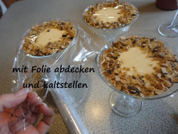 Vanille Creme mit Erdbeer Sahne und Knusper Brösel - Rezept - Bild Nr. 11
