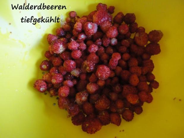 Vanille Creme mit Erdbeer Sahne und Knusper Brösel - Rezept - Bild Nr. 5