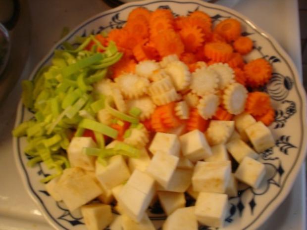 Tafelspitz mit Kartoffelpilzen und Grüner Sauce - Rezept - Bild Nr. 5