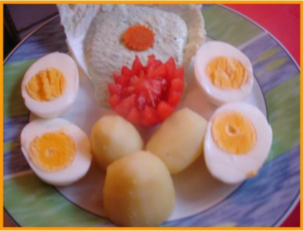 Gekochte Eier mit Grüner Sauce und Kartoffeln - Rezept - Bild Nr. 5