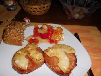 Kasslersteak mit Ananas>> - Rezept