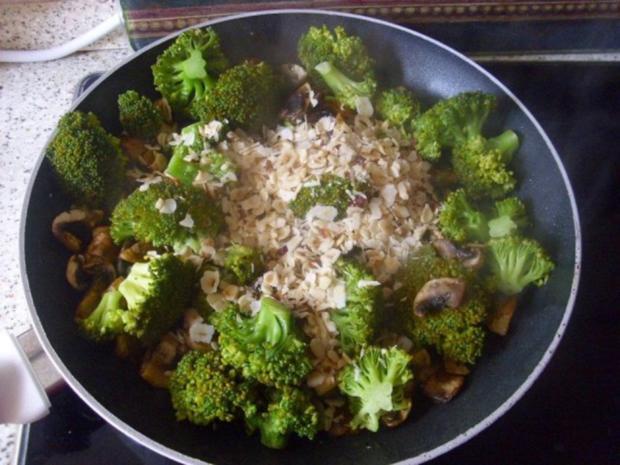 Entenbrust mit Broccoligemüse asiatisch - Rezept - Bild Nr. 3