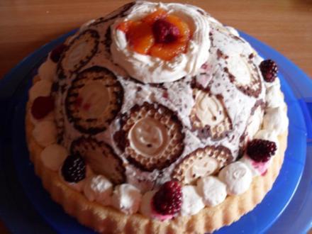 Beeren - Kuppel mit Schokoküssen - Rezept