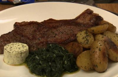 Angus-Rind mit Spinat und mediterranen Kartoffeln (Joey Heindle) - Rezept