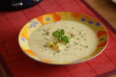 Kartoffel-Buttermilch-Suppe - Rezept