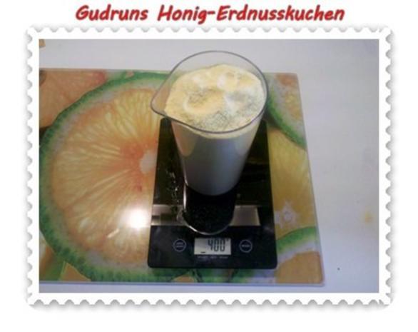 Kuchen: Honig-Erdnusskuchen - Rezept - Bild Nr. 4