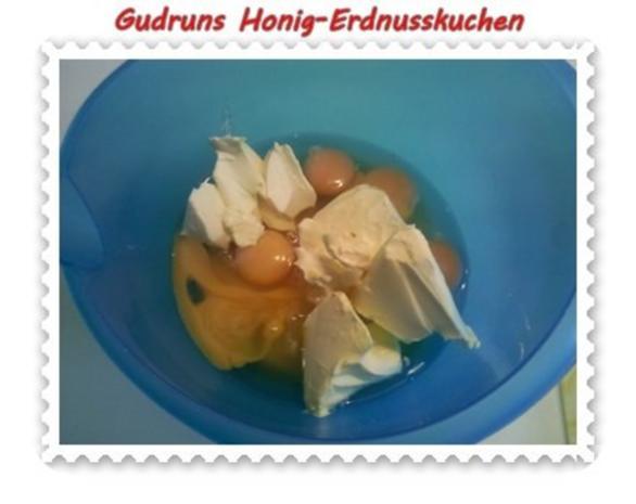 Kuchen: Honig-Erdnusskuchen - Rezept - Bild Nr. 5