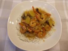 Shrimps in süßsaurer Ananas-Gemüsesoße - Rezept