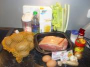 Knuspriger Schinkenbraten mit Ingwer-Orangen - Sauce mit Kräuterplätzchen - Rezept