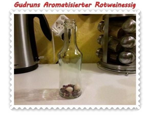 Essig: Aromatisierter Rotweinessig - Rezept - Bild Nr. 3