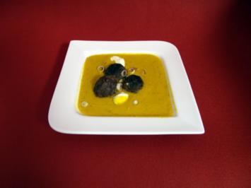 Mango-Kürbissuppe mit Antilopenklößchen - Rezept