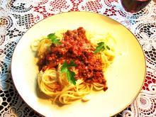 Gemüsige Hackfleischsoße mit Spaghetti - Rezept - Bild Nr. 7