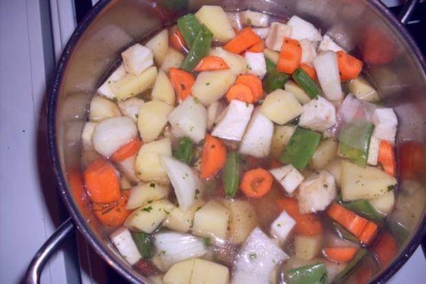 Tafelspitz mit Bouillonkartoffeln und Grünen Bohnen - Rezept - Bild Nr. 3