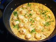 Champignon-Köpfchen in einer köstlichen Rahmsoße - Rezept