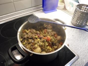 Kabanossi Gemüse Hack Pfanne mit Reis - Rezept