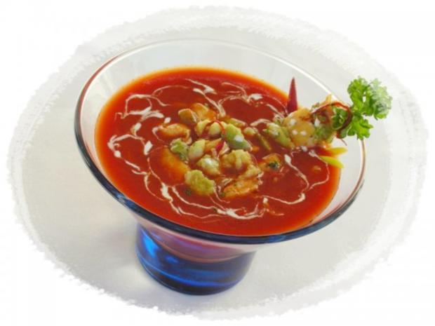 Tomaten-Chili-Suppe mit Hähnchenfleisch und Avocado - Rezept - Bild Nr. 2