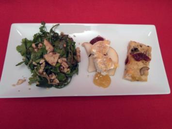 Pflücksalate mit frischen Kräutern und Chevre Chaud, dazu Focaccia - Rezept