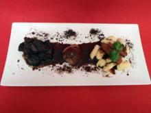 Wild mit Chili und Schokolade aus dem Schmortopf, dazu Gnocchi - Rezept