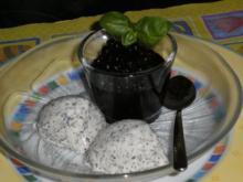 Mohn-Vanille-Quark-Dessert mit marinierten Heidelbeeren - Rezept