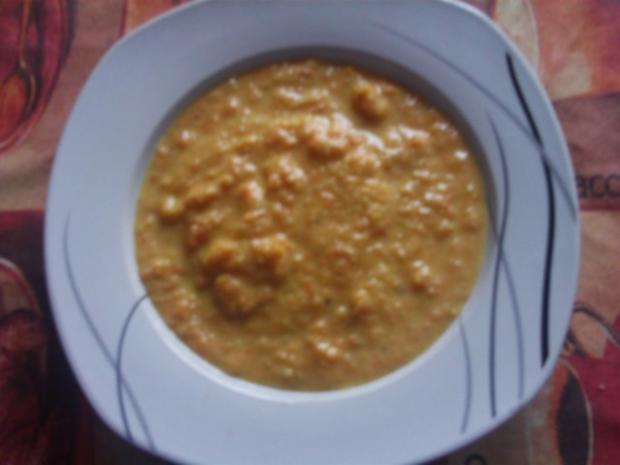 Karottencreme-Suppe mit Orangen-Gremolata - Rezept