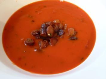 Kokos-Tomatensuppe mit Lila-Karotteneinlage - Rezept
