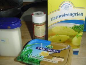 Grießnockerl und Pfannkuchensuppe - Rezept