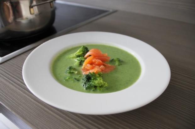 Würzige Brokkolisuppe - Rezept
