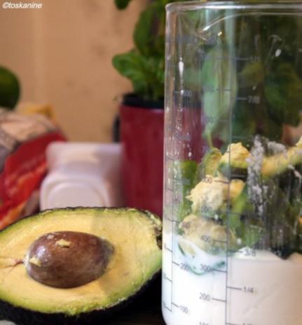 Basilikum-Avocado-Dressing - Rezept - Bild Nr. 5